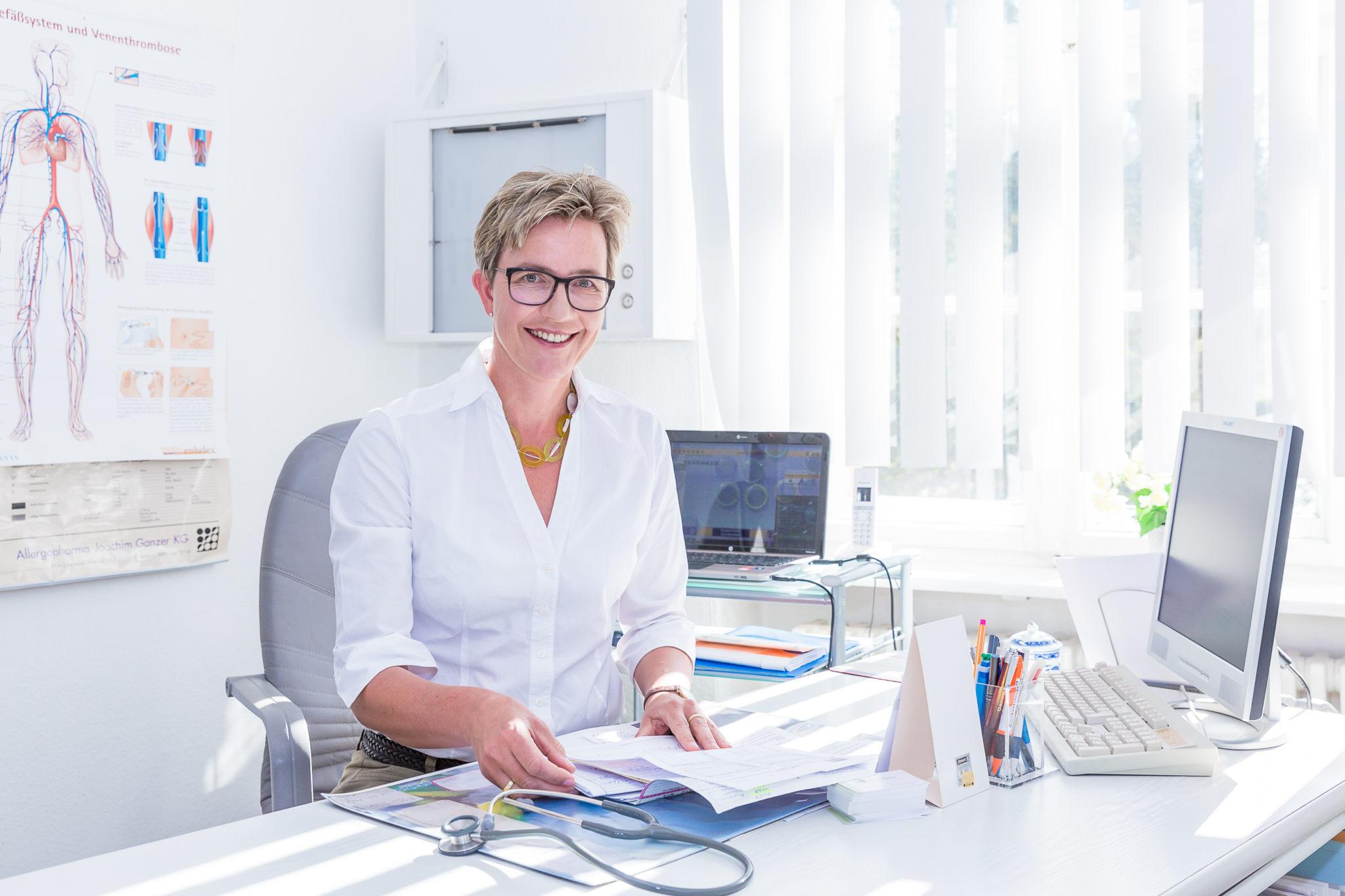 Dr. med. Sabine Aign, Fachärztin für Innere Medizin & Nephrologie